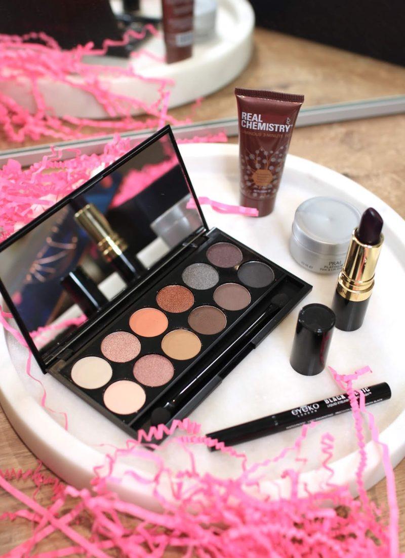 LookFantastic Beauty Box December 2019 + Giveaway